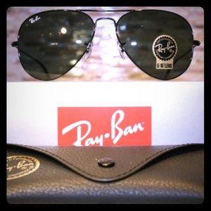 Ray-Ban Large Aviator Black Metal 3025 Sunglasses